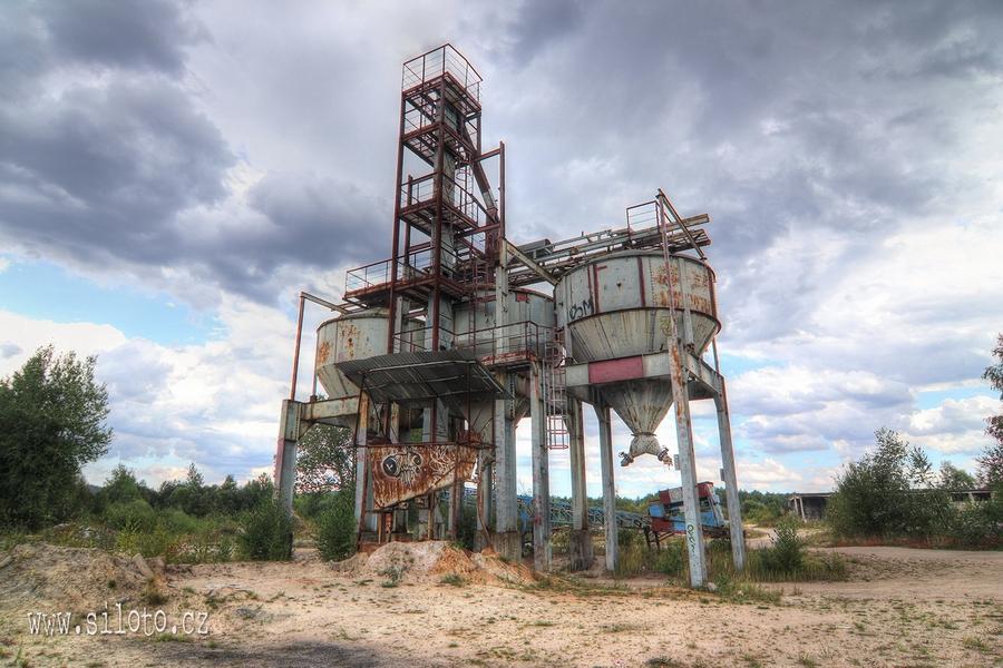 Bývalý pískový důl
