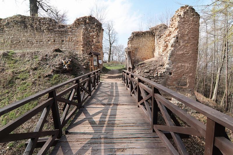 Zřícenina hradu Pravda