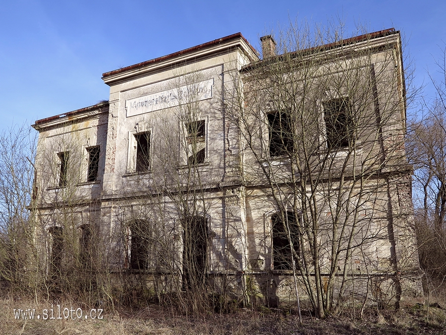 Budova nádraží v Kunraticích – [lang=EN]ormer railway statio
