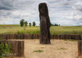 Menhir Zkamenely pastyr-03