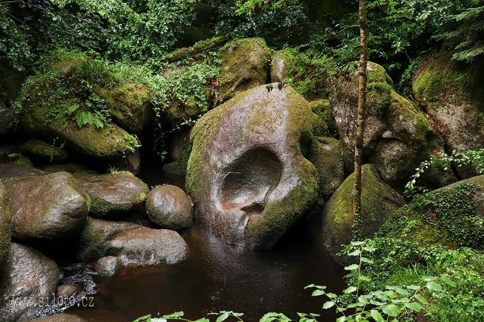 Huelgoat [lang=EN]Forest Huelgoat[/lang]